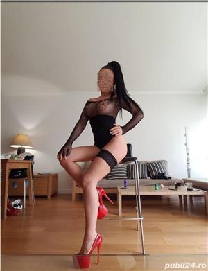 Savureaza senzatii maxime cu cea mai dulce bruneta porno xxx