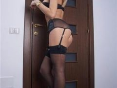 escorte iasi: Blonda siliconata, pentru prima data in Iasi.. poze 100 reale